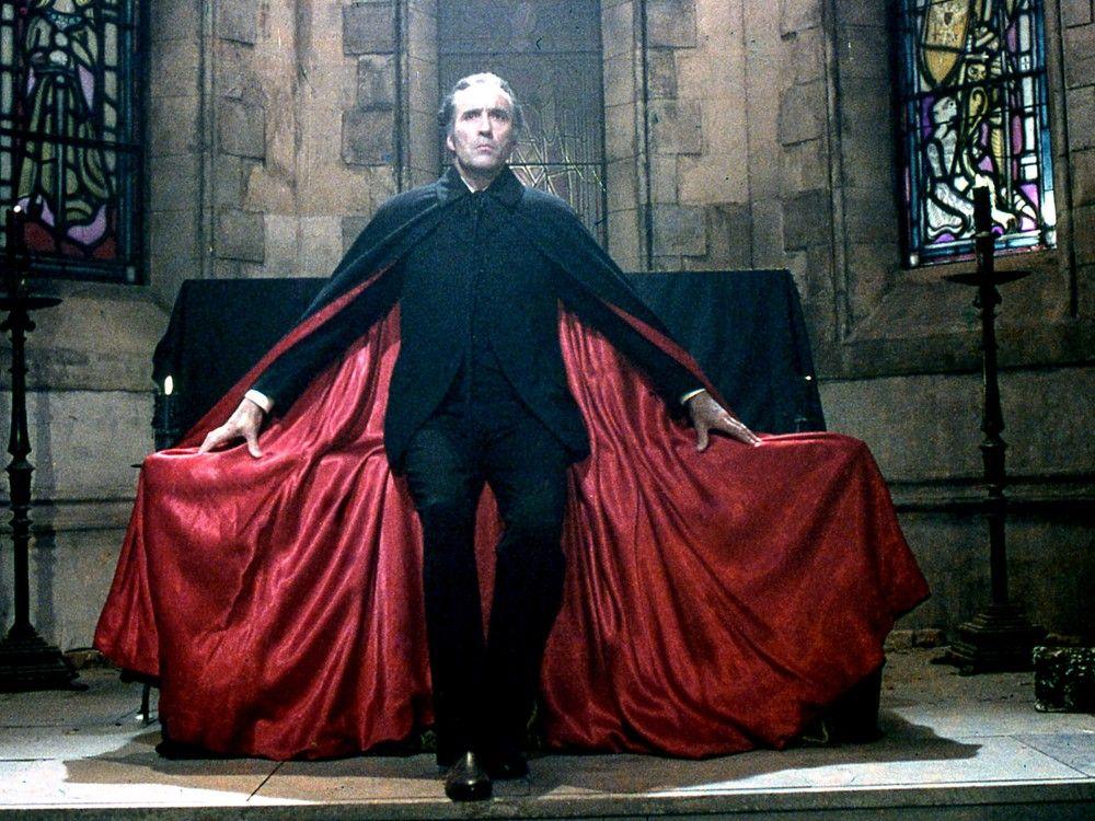 Christopher Lee ; Dracula | Dracula, Hammer horror films, Vampire movies