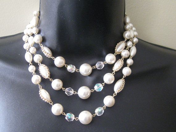 1950s-60s vintage multi-strand faux pearl/aurora by ggdressing