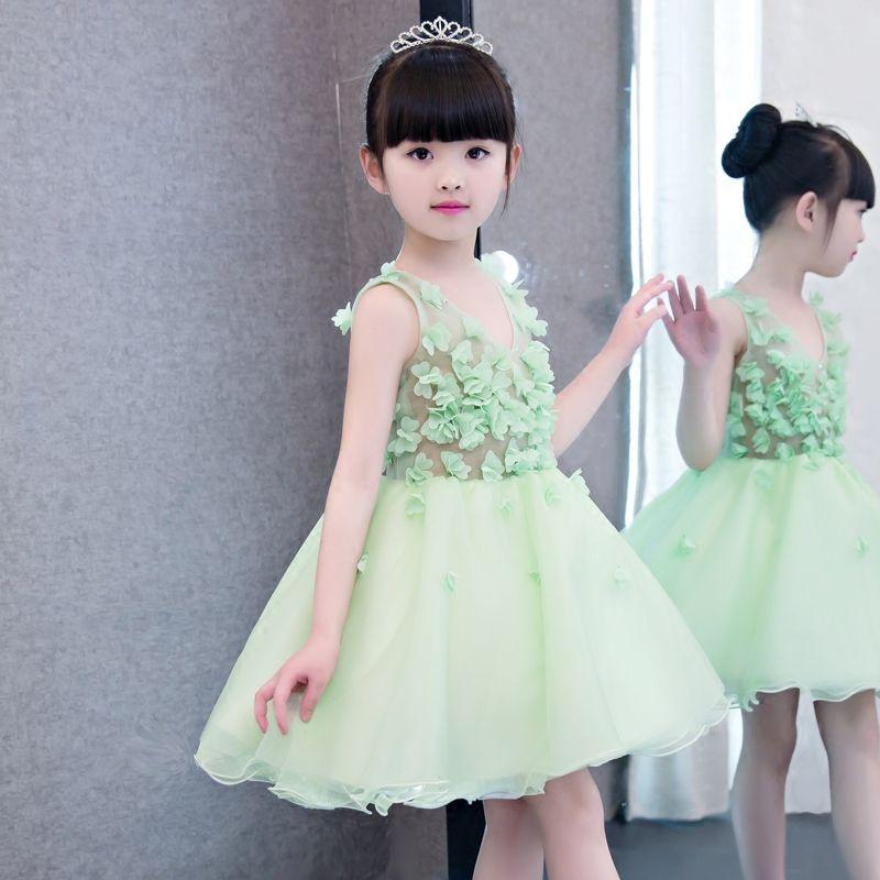 afcf33fb195 Click to Buy    2017New Korean Kids Girls Flowers Decoration Dress For  Children Babies Girl Sleeveless Birthday Wedding Party Princess Dress   Affiliate