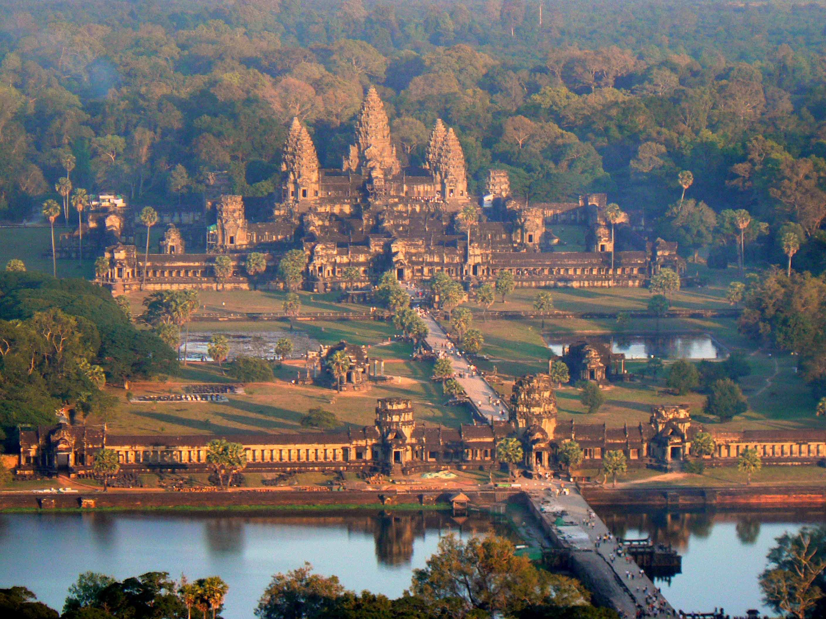 Angkor Wat, Cambodia     the largest Hindu temple in the