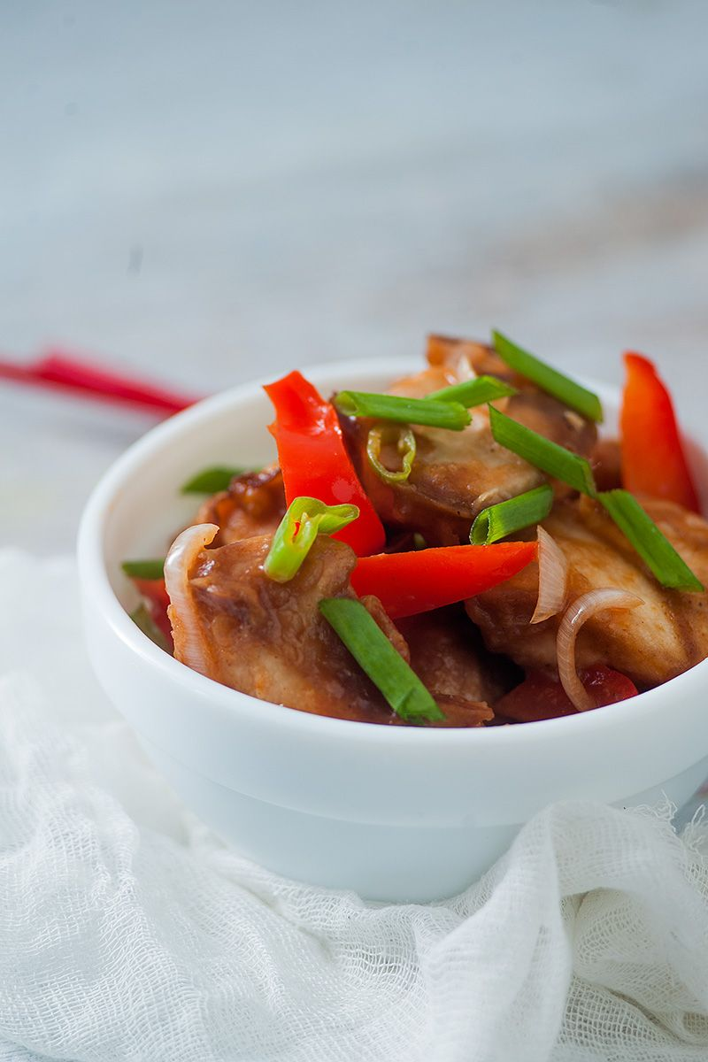 Learn how to make indo chinese chilli chicken with this easy to learn how to make indo chinese chilli chicken with this easy to follow recipe forumfinder Images