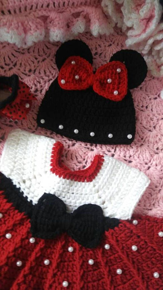 Crochet minnie mouse baby set with pearls | Pinterest | Minnie, Como ...