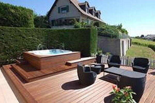 15 Hot Tub Deck Surround Ideas Hottubworks Spa Amp Hot Tub