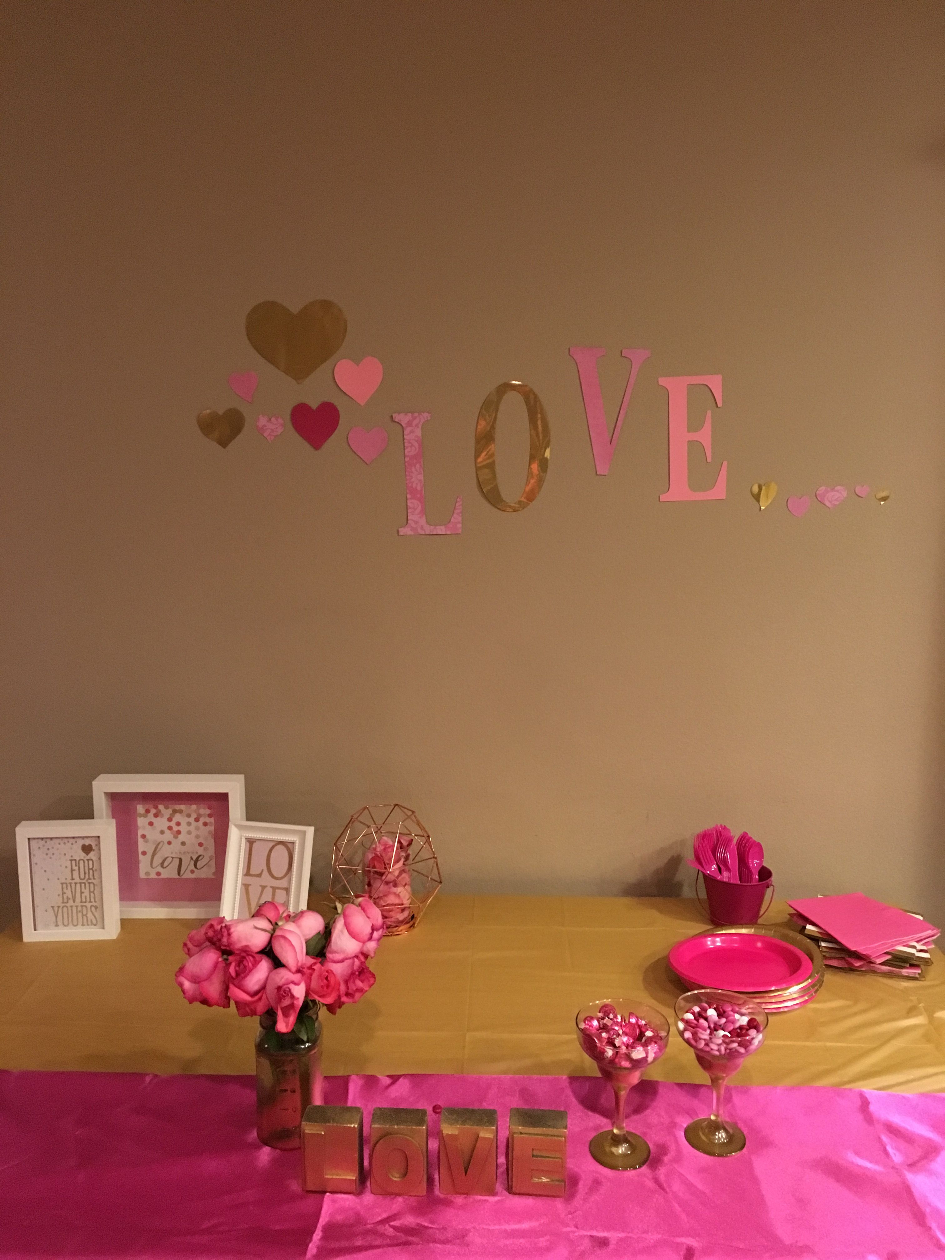 Valentine's Pink and Gold Party Table backdrop simple