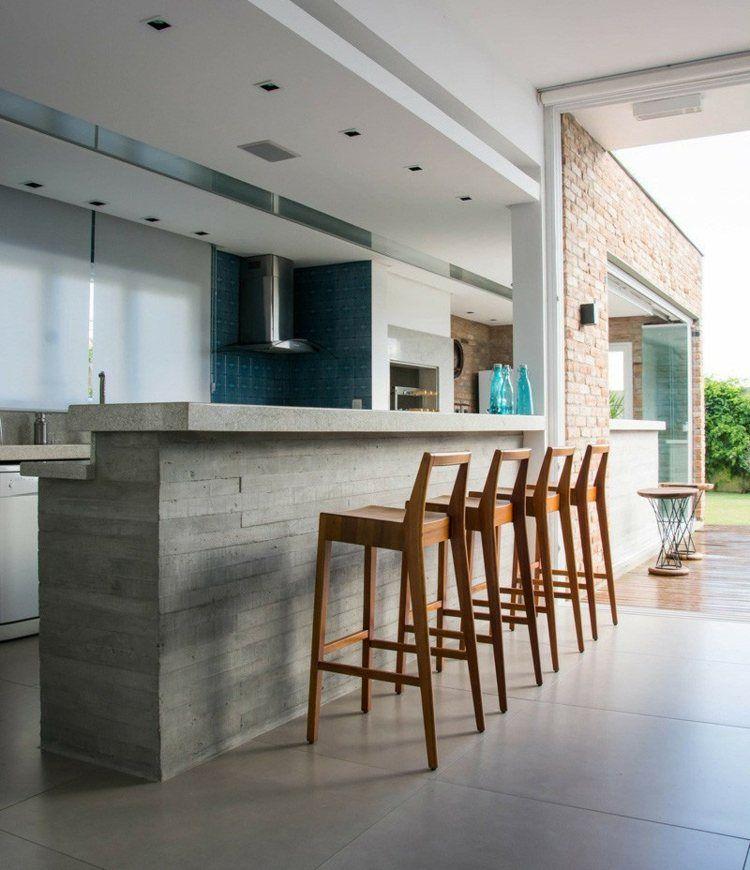 plan de travail b ton cir pour l 39 lot de la cuisine design beton cir tabourets de bar en. Black Bedroom Furniture Sets. Home Design Ideas