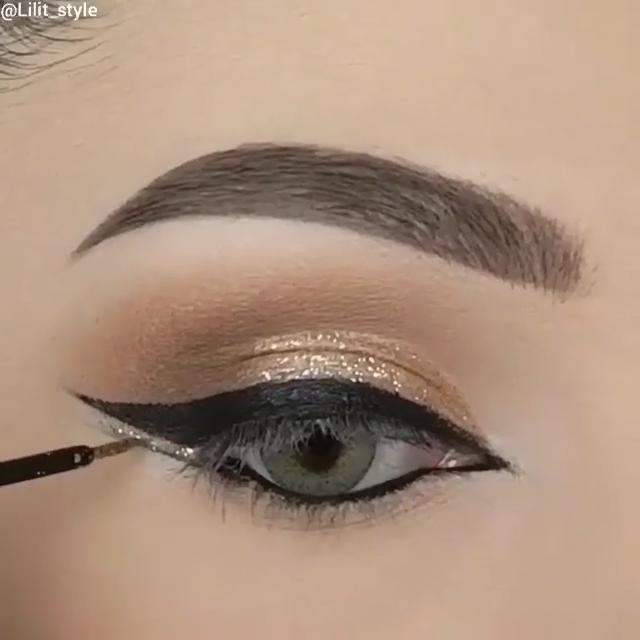 Creative makeup tutorials!