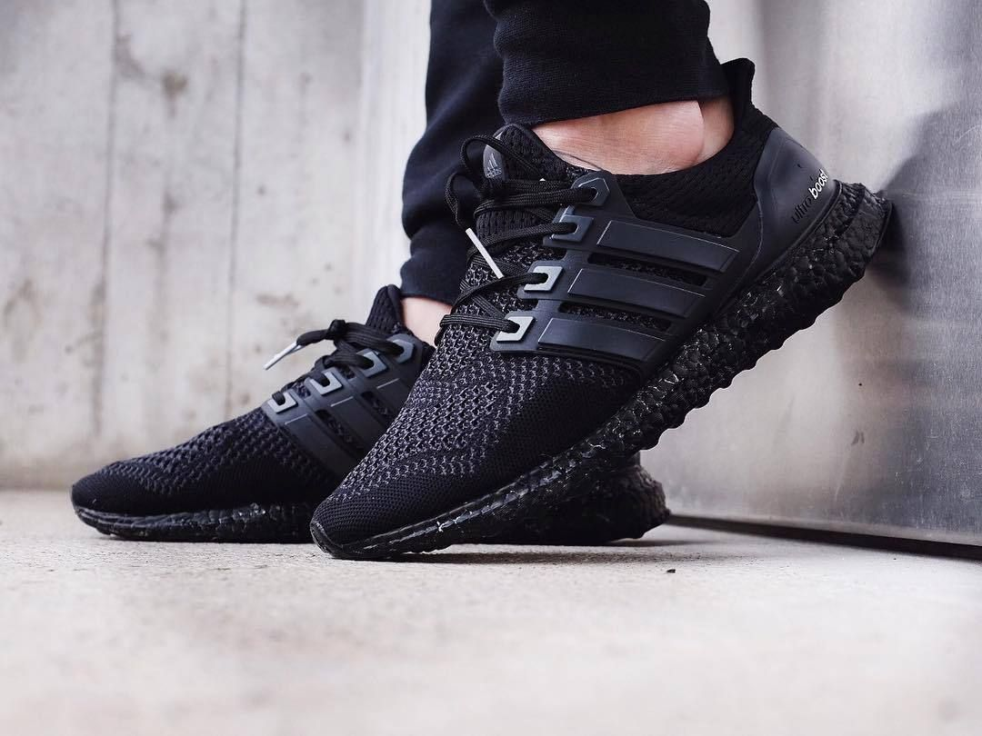 Adidas Ultra Boost - Triple Black - 2016 (by toptiiger) Pack and travel  with shoe trees by Sole Trees  Sneakers  ShoeTrees  SoleTrees   ShoeTreesForSneakers e129d6760