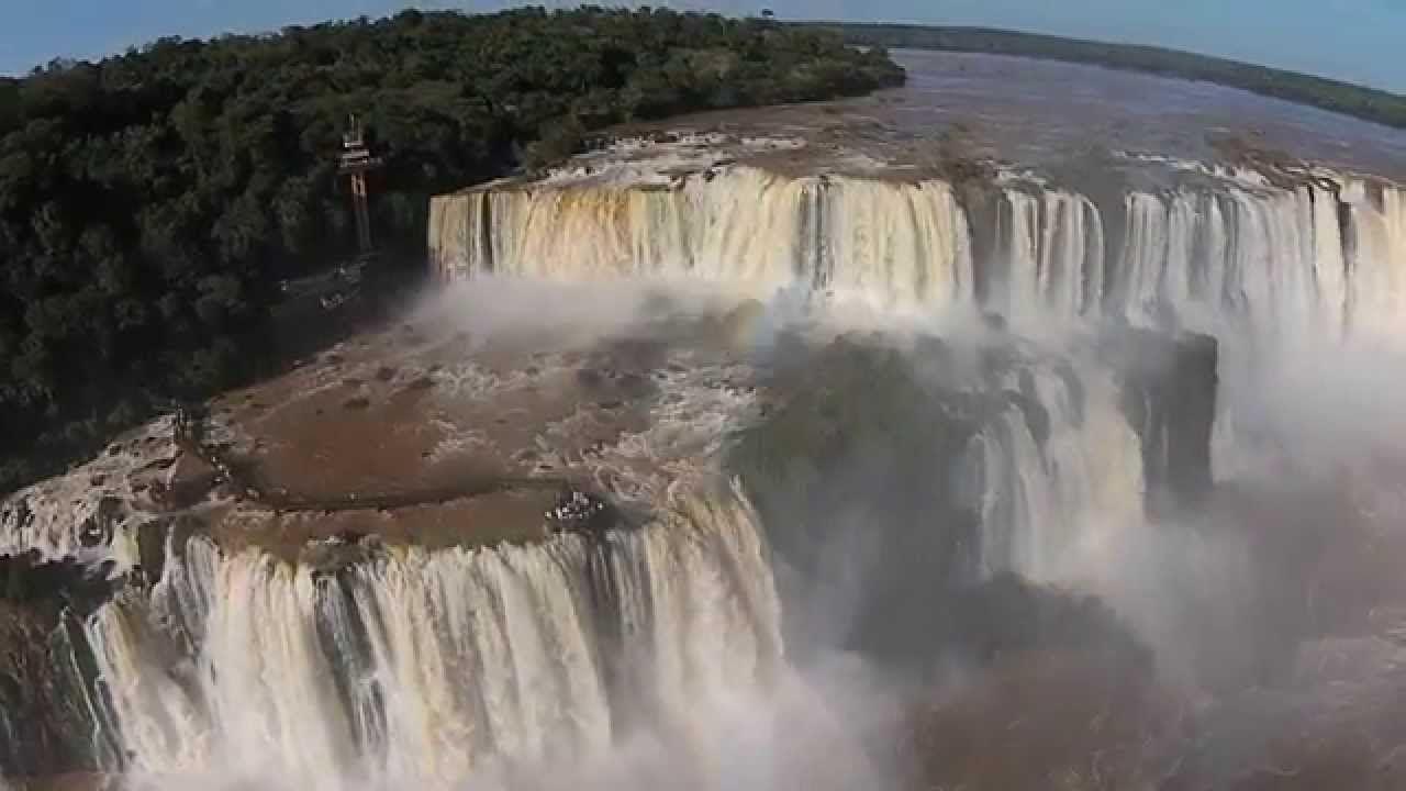 Las Espectaculares Cataratas Del Iguazú Desde Un Dron Vídeo Vía Entretenimiento Y Tecnología En Prozesa Cascadas Cataratas Del Iguazu Cataratas