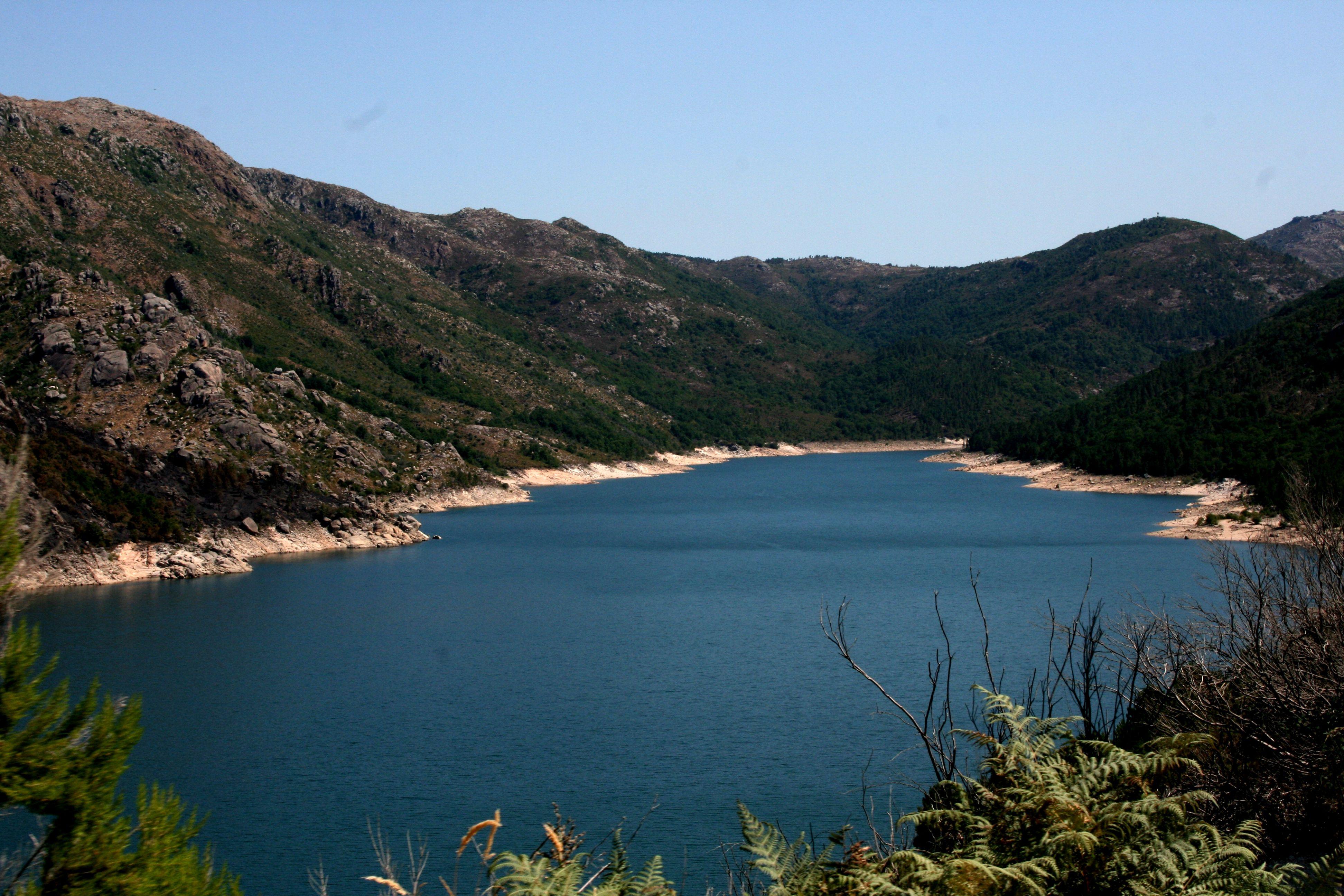 Gerês-serra-montanha-férias