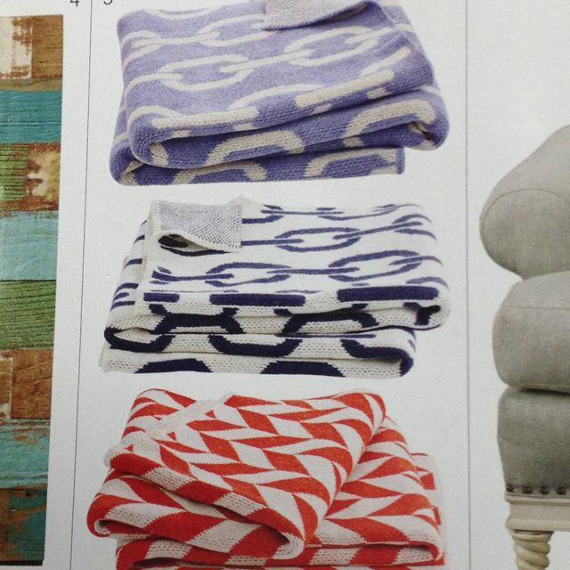 Cotton chevron blanket