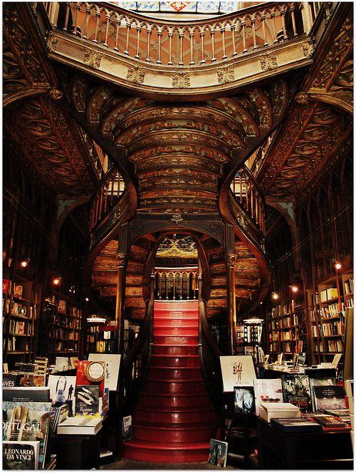 The Most Beautiful Bookstore In Porto Livraria Lello Irmao Livraria Lello Porto Bibliotecas