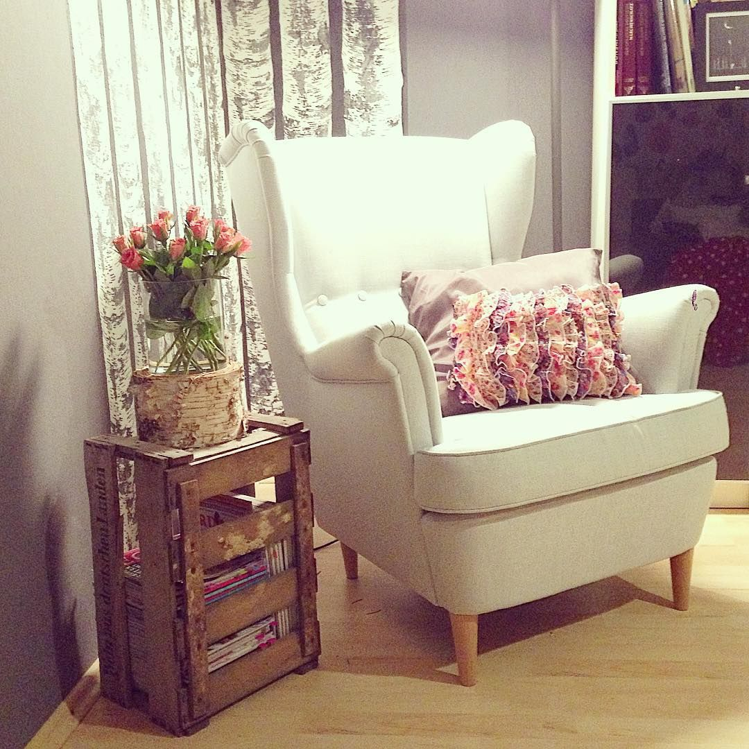 Dunklem holz mit interessanten rundungen gt stehlampe wohnzimmer modern - Sch Ner