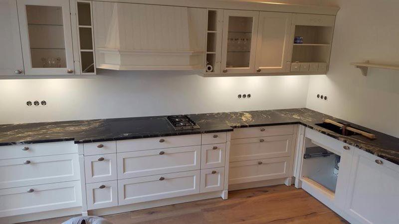 Diese #Granit #Arbeitsplatte passt einfach perfekt in der Küche - küchenarbeitsplatte aus granit