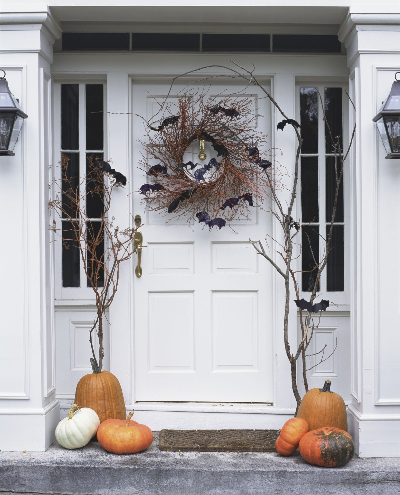 19 Easy DIY Halloween Outdoor Decoration Ideas DIY Halloween - Halloween House Decorating Ideas Outside