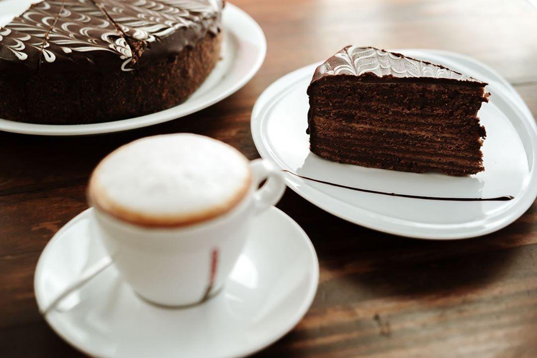 Que tal si cerramos este domingo con una tardecita en Mi Pasta Fresca! Un rico caf y algo dulce para amenizar la tarde! Vengan!........#pasta pasteleria
