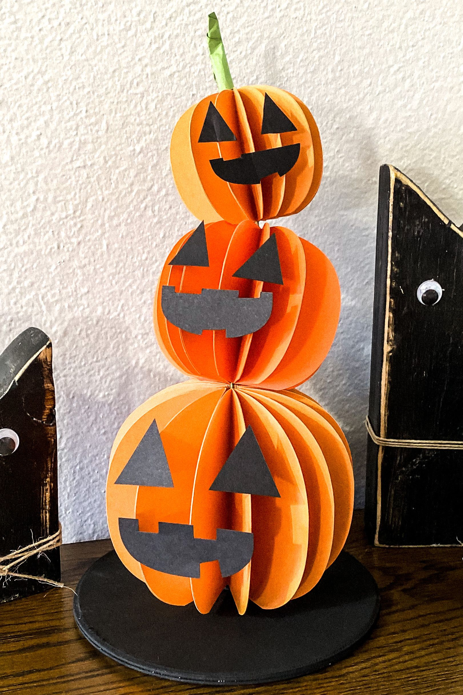 Learn How To Make A 3d Jack O Lantern With My Free
