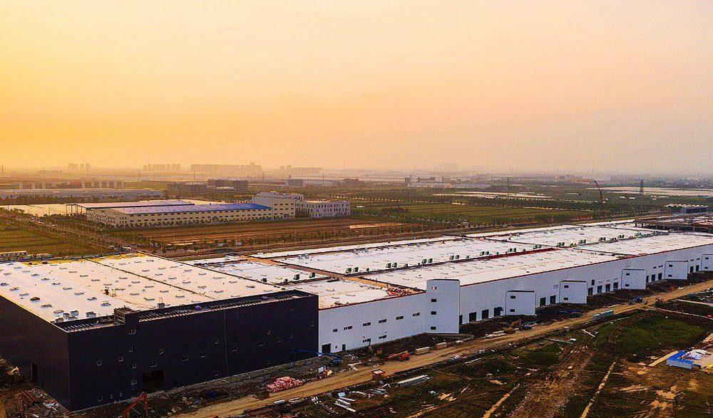 Tesla Gigafactory 3 Employees To Start End Of July Ahead Of Model 3 Production Report Tesla Tesla S Tesla Ceo