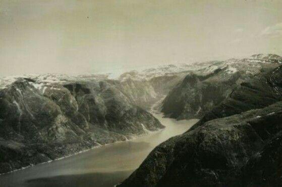 Hordaland fylke Eidfjord kommune i Hardanger Simadalsfjorden 1950 Foto Wilhelm Skappel Utg Widerøe