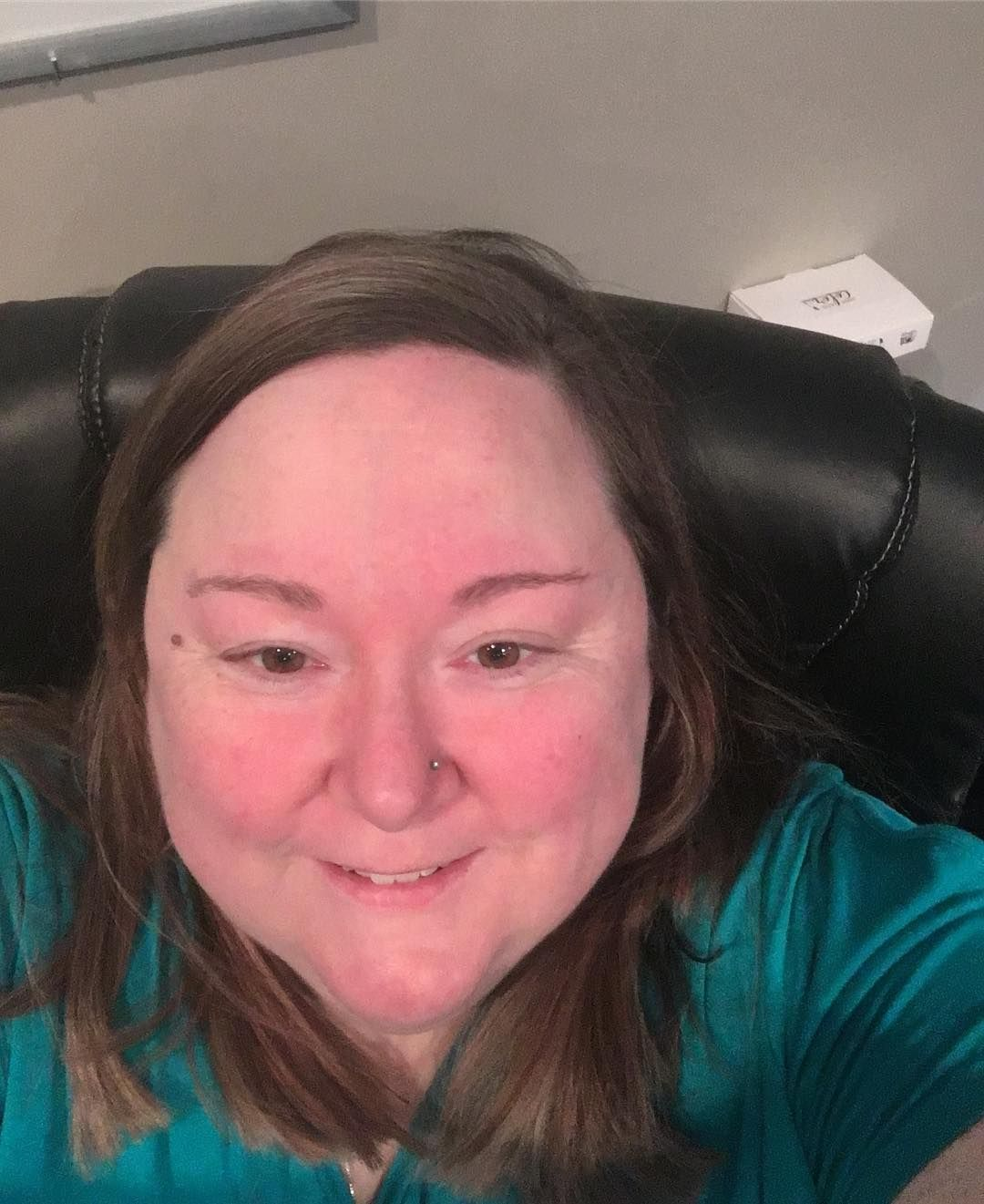 I love that clean feeling after just getting my hair cut!! #shamebuster #lifecoach #soulworker #intuitivehealer #intuitivecoach #psychotherapist