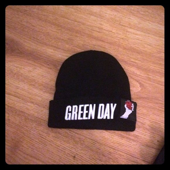 Green day beanie Beanie Hot Topic Other