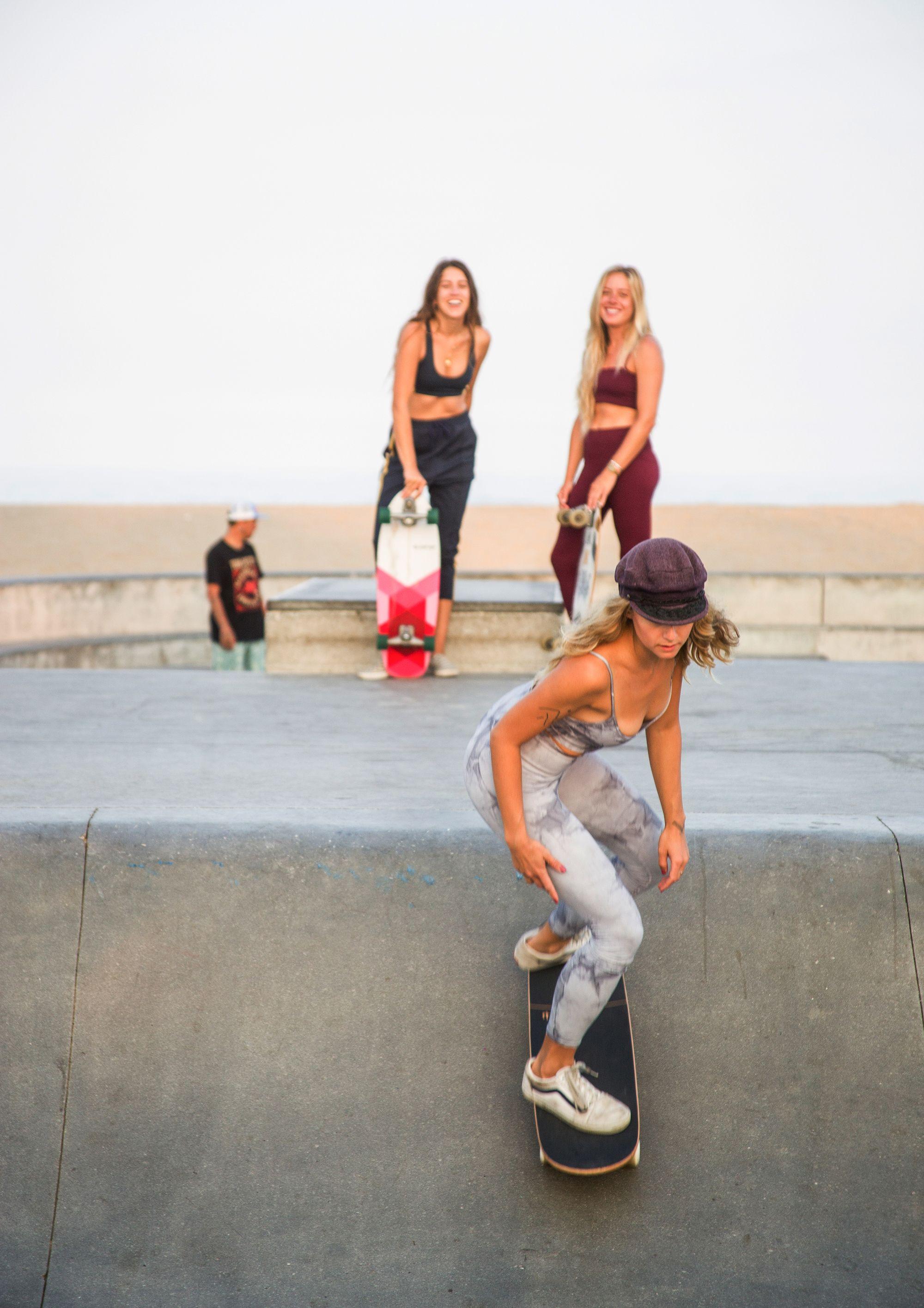Meet Grlswirl Bringing Femininity To Skate Skater Girls Skate