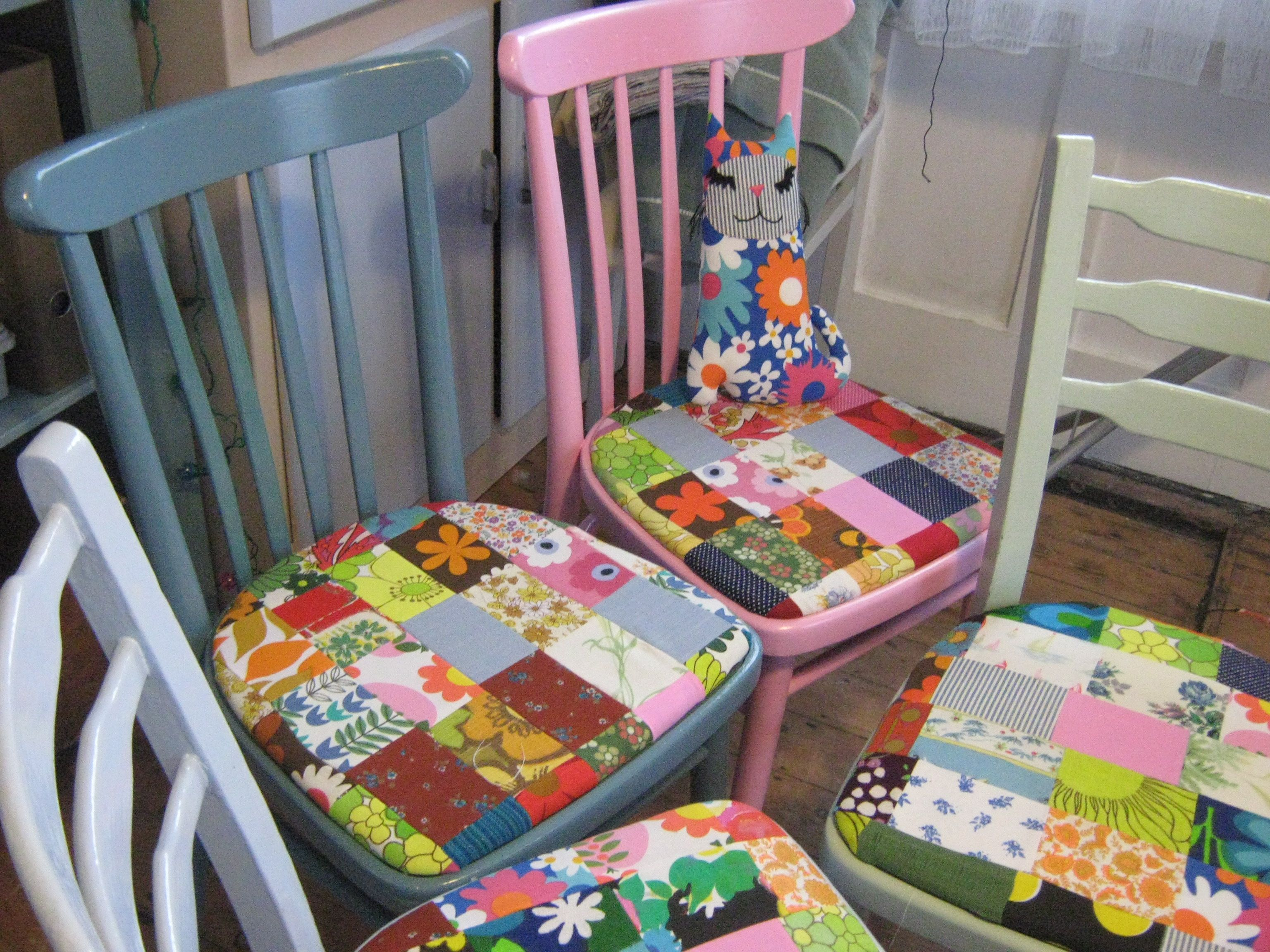 "skinibears Vintage patchwork kitchen chairs. Handmade by Sam Leonard ""skinibears"" ... Gorgeous"
