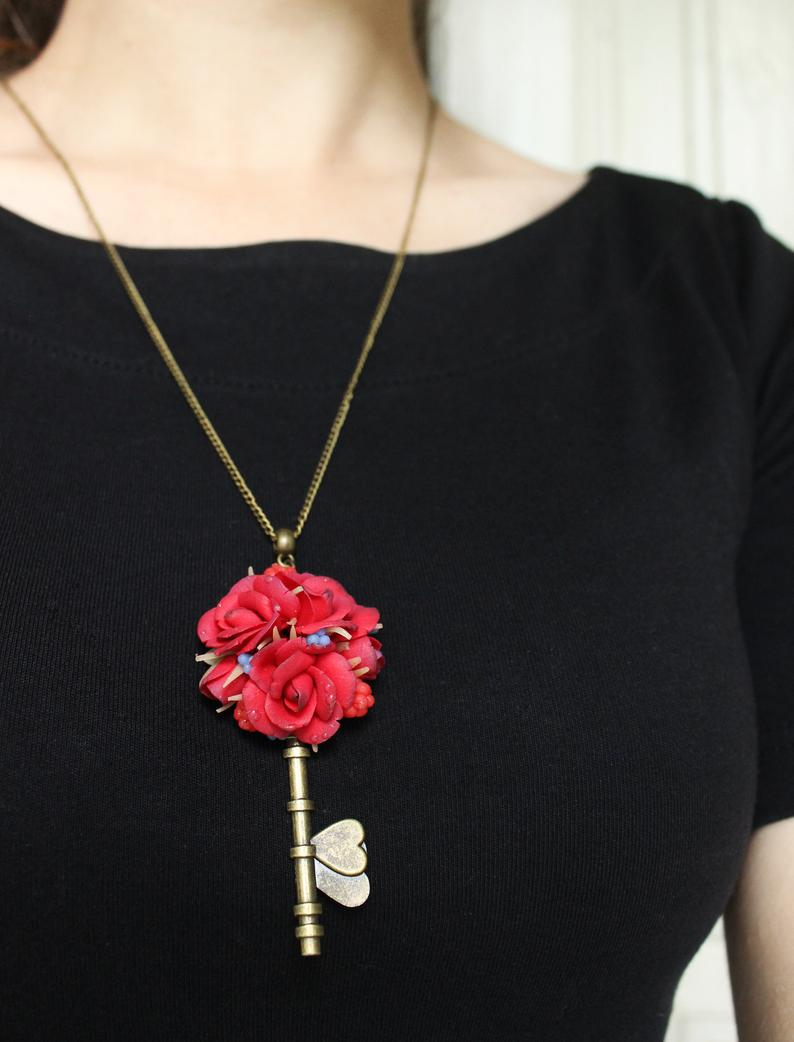 Natural Red Flower Necklace