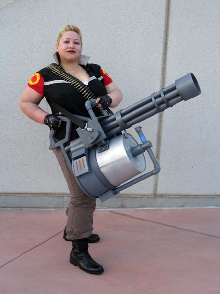 heavy weapons guy err girl team fortress 2 costumed