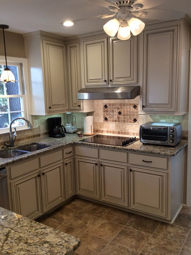 pin by da kelly on cimrosa annie sloan kitchen cabinets kitchen cabinets before and after on kitchen cabinets painted before and after id=52233