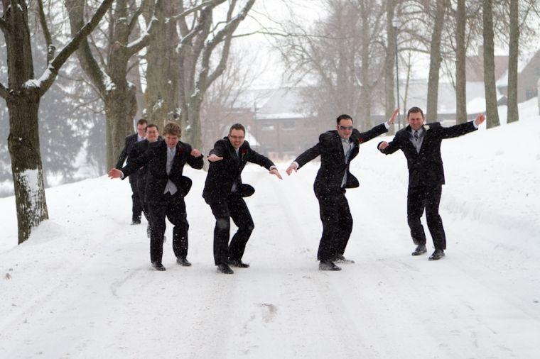 Fun groomsmen photo - Dustin Hall Photography