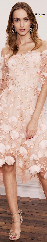 Marchesa Notte Spring 2018 RTW | Moda | Pinterest | Vestiditos ...