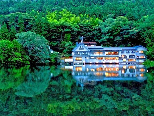 夕暮れの金鱗湖 風景 鱗 沖縄