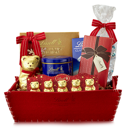 I wouldn't mind this Lindt gift basket for Christmas/My birthday ...
