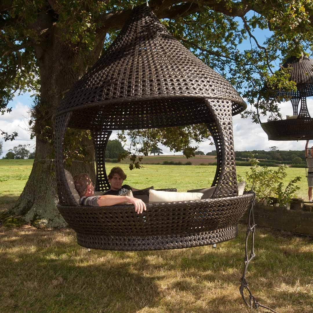 The Alexander Rose Ocean Lantern is  perhaps the ultimate in garden  furniture relaxation. Ocean Lantern by Alexander Rose   http   www gardensite co uk