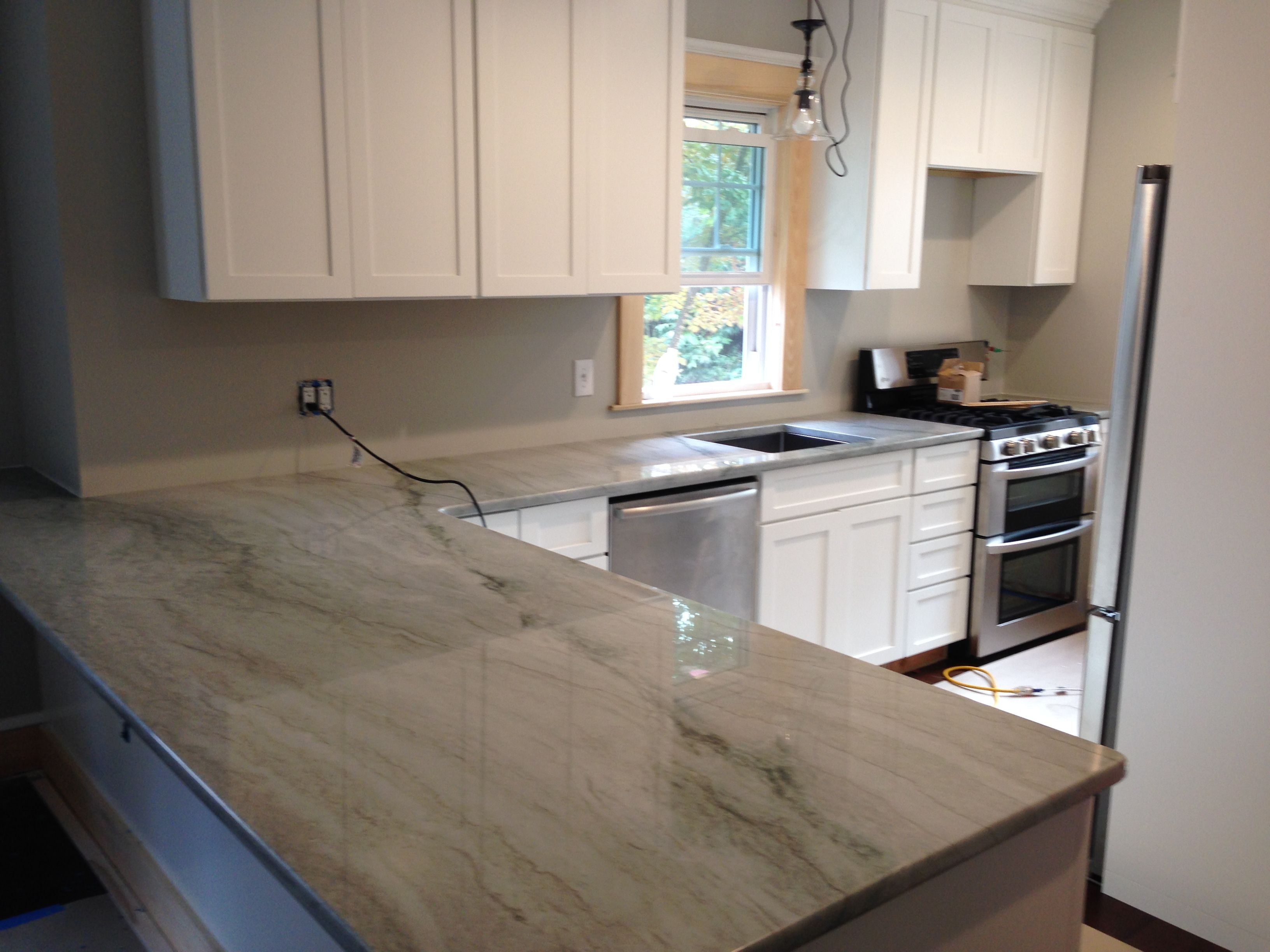Sea Pearl Quartzite Perimeter Countertops With White Cabinets Visit Globalgranite For Your Natural Stone Needs