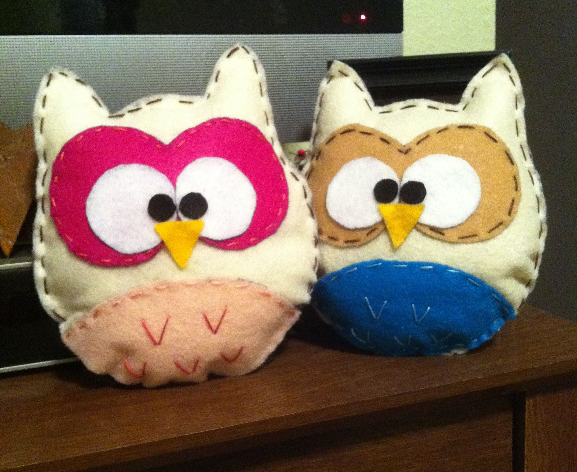 Stuff Owl Stuffed Owls Made From Felt Crafts For Kiddos