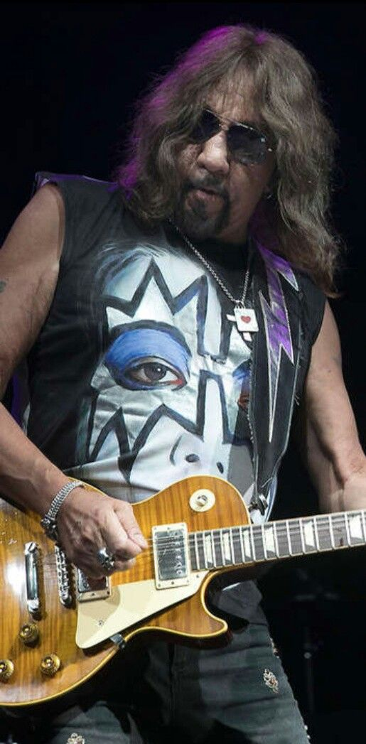 Ace Frehley Kiss Kiss Band Kiss Rock Bands Ace Frehley