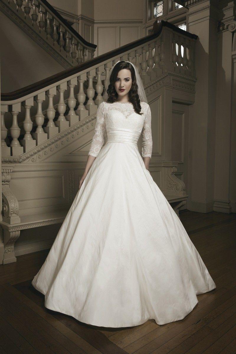 Styles of wedding dresses  Kjole fra Justin Alexander Style   Vintage  retro bryllup
