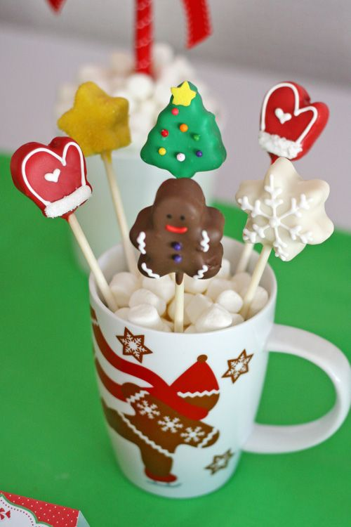 Cute Christmas Cake Pops And A Christmas Dessert Table