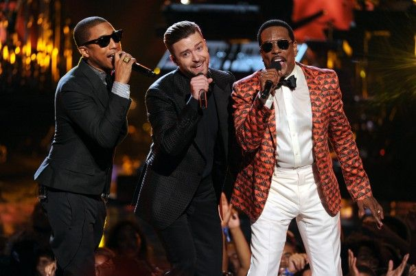 BET Awards 2013: Charlie Wilson, Justin Timberlake, Pharrell, and Snoop Dogg steal the show