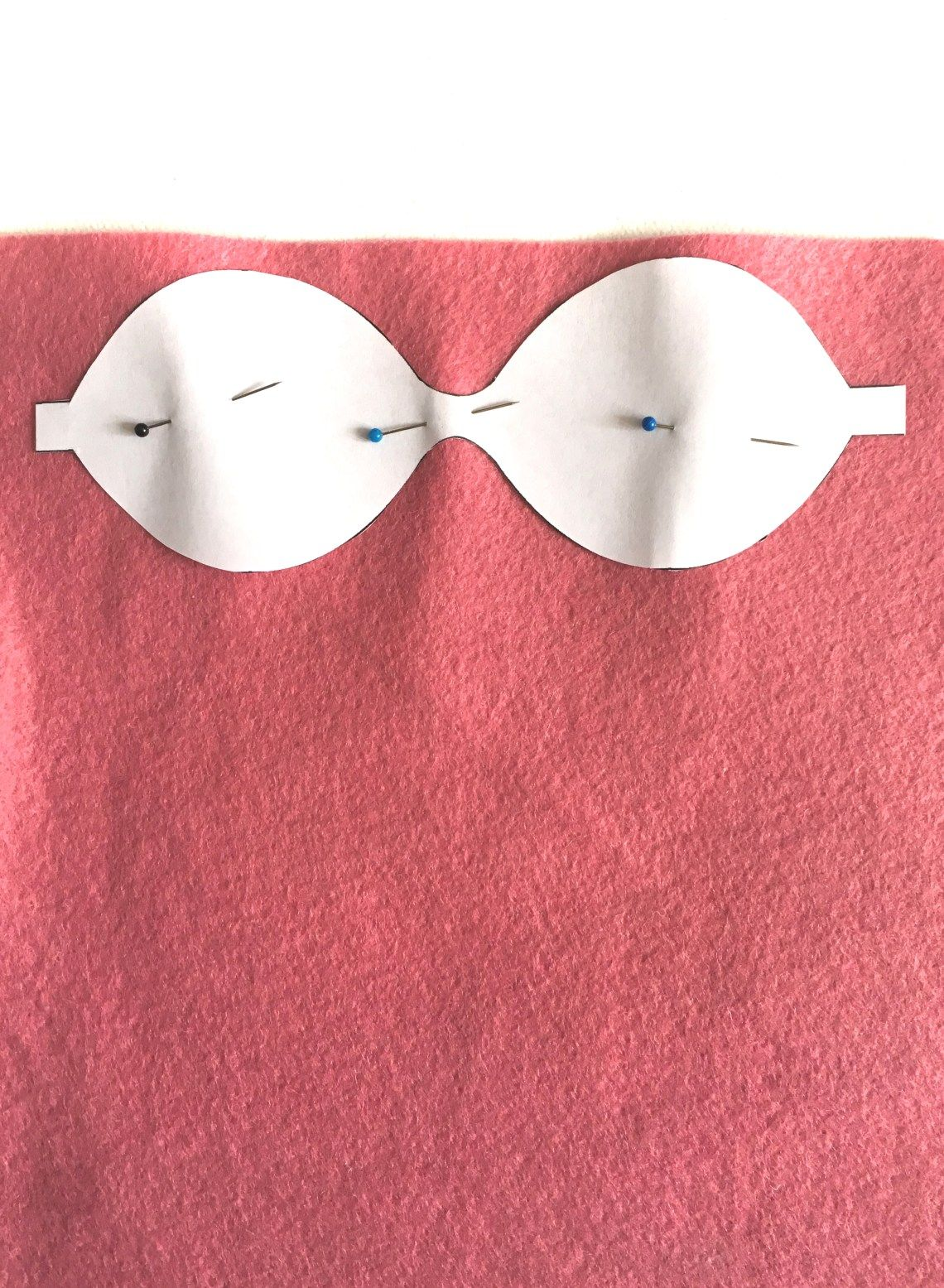 DIY felt bow tutorial with free PDF pattern   ASHES + IVY AT HOME