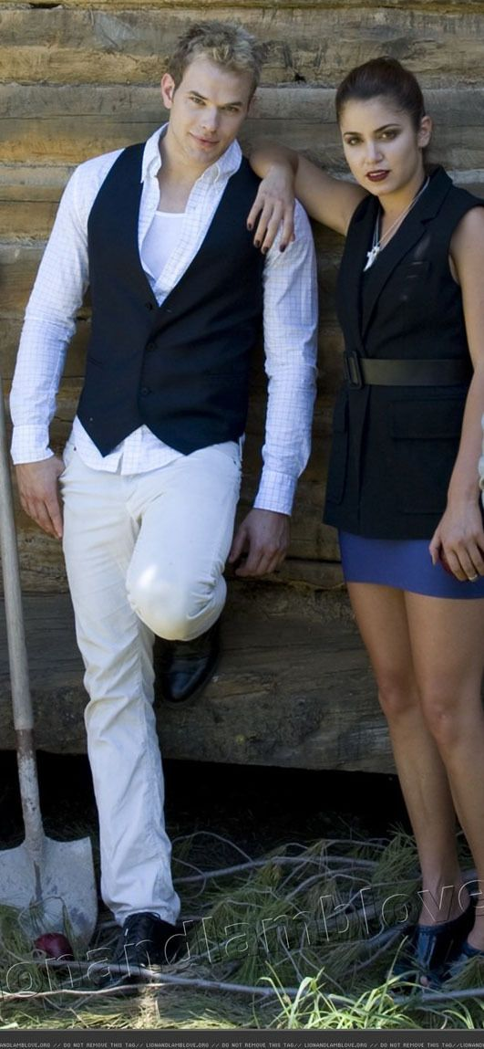Kellan Lutz & Nikki Reed / Emmett Cullen & Rosalie Cullen ...