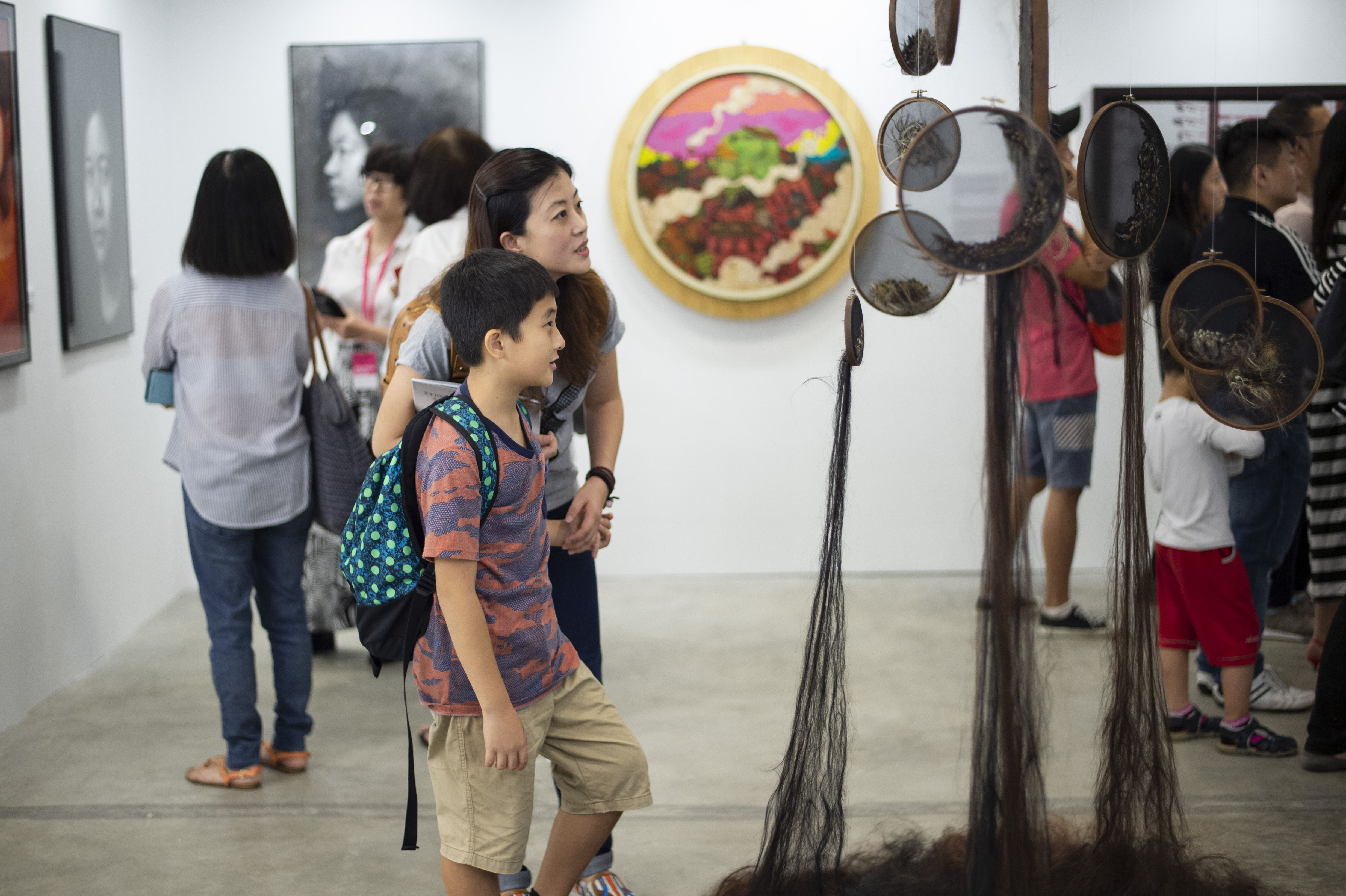 Affordable Art Fair Singapore 2018 Affordableartfair Affordableartfairsingapore Aafsingapore Bringyourhom Singapore Art Art Fair Arts And Crafts Furniture