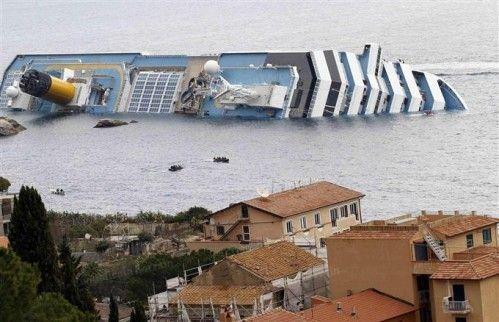Bateau échoué Costa croisières