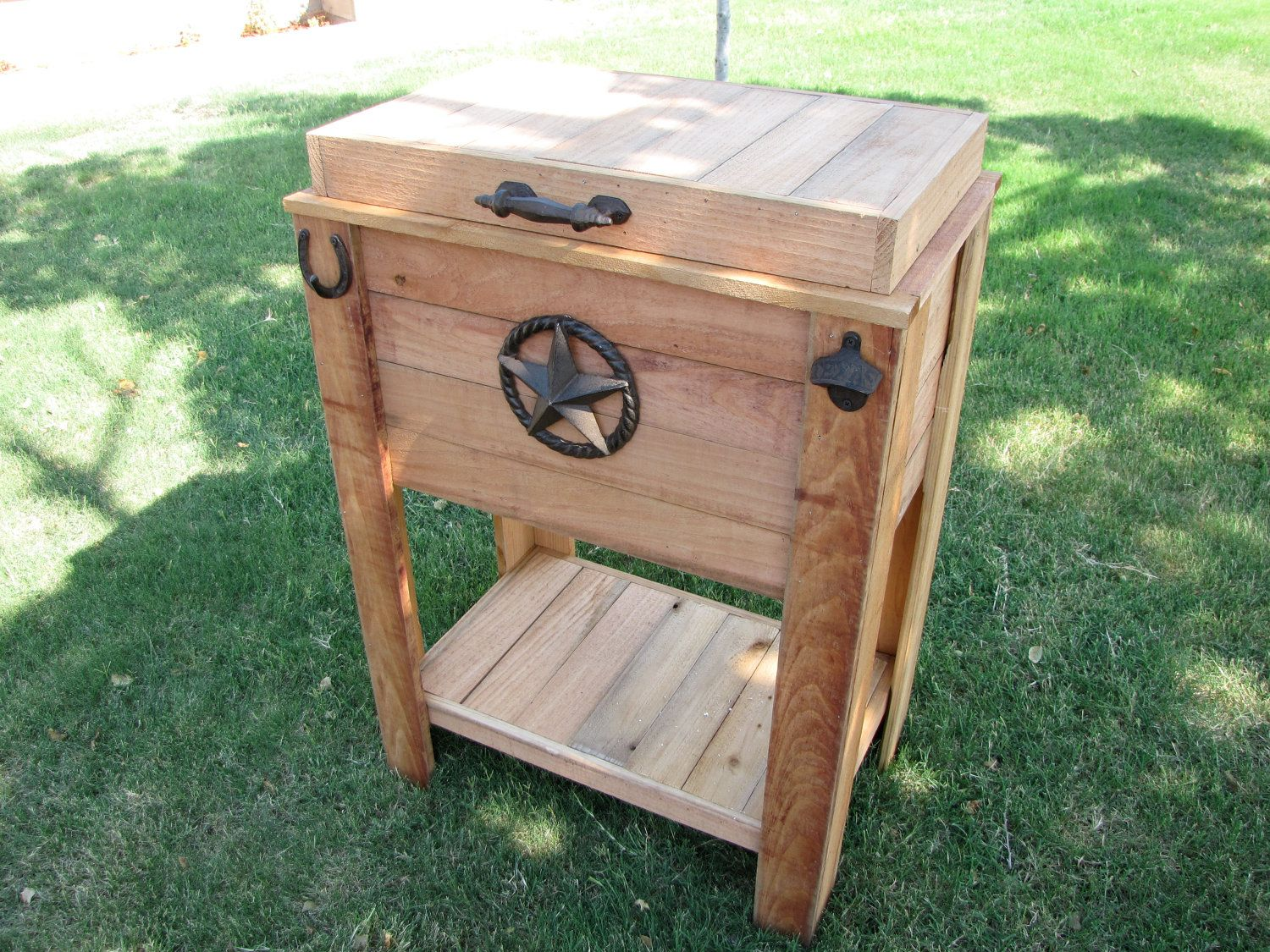 How To Build A Rustic Cedar Ice Chest