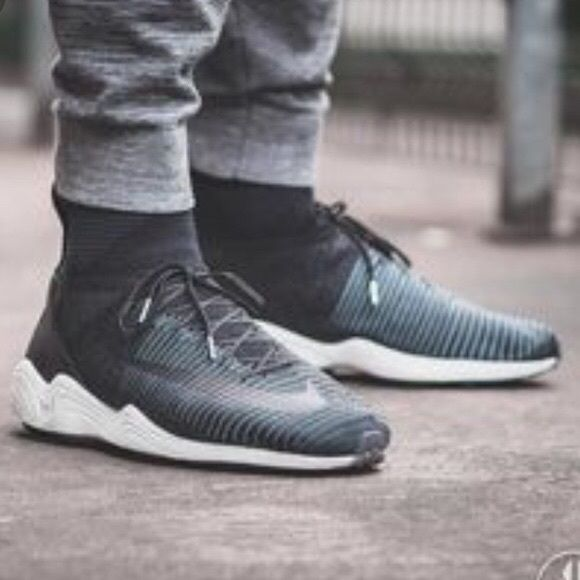 5b95797f2e5a Nike Zoom Mercurial XI FK FC in seaweed black This stylish men s shoe  combines modern