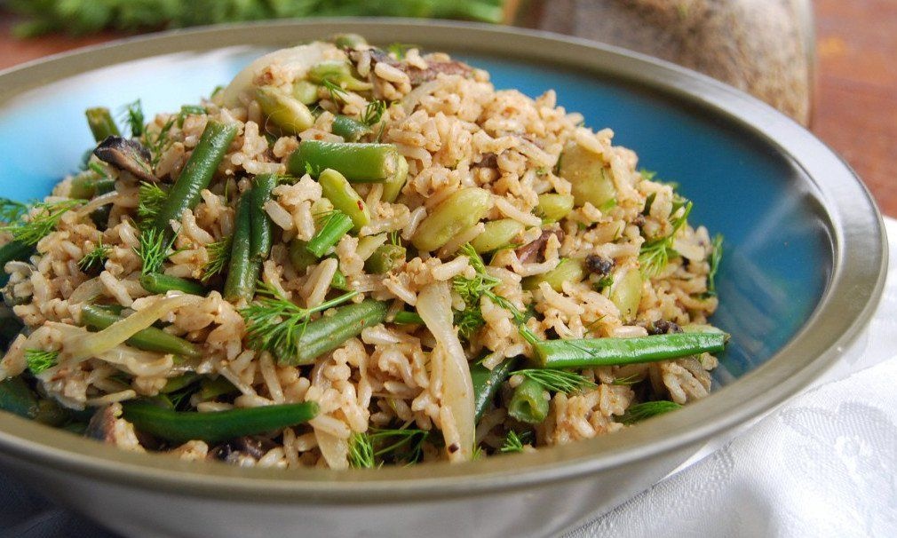 Dill and rice are a winning flavor combination, and the nutty brown rice is a perfect foil for the assertive dill in this vegan salad.