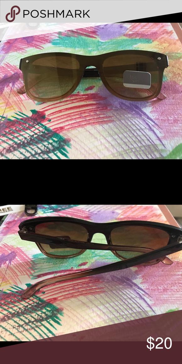064626eb5f83 Franco Sarto Flat Frame Sunglass NWT Brown New Franco Sarto Accessories  Sunglasses