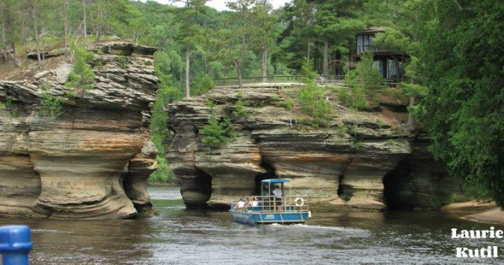 Lower Dells Boat Tour Wisconsin