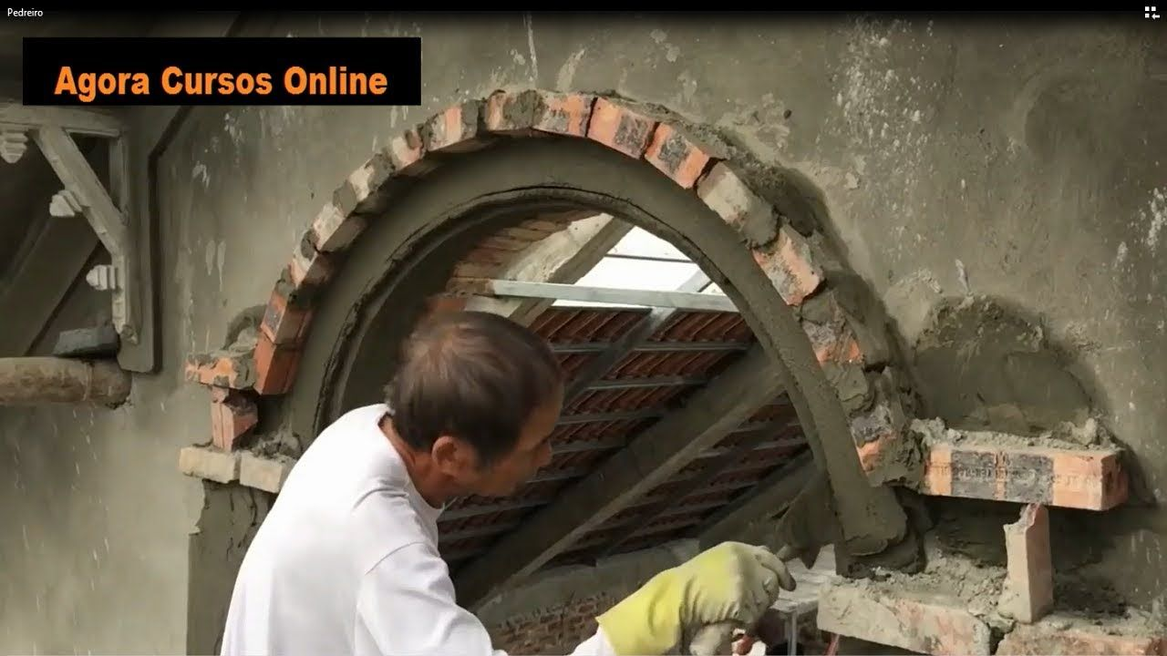 Pedreiro Construcao Civil Redondo Perfeito Areia E Cimento